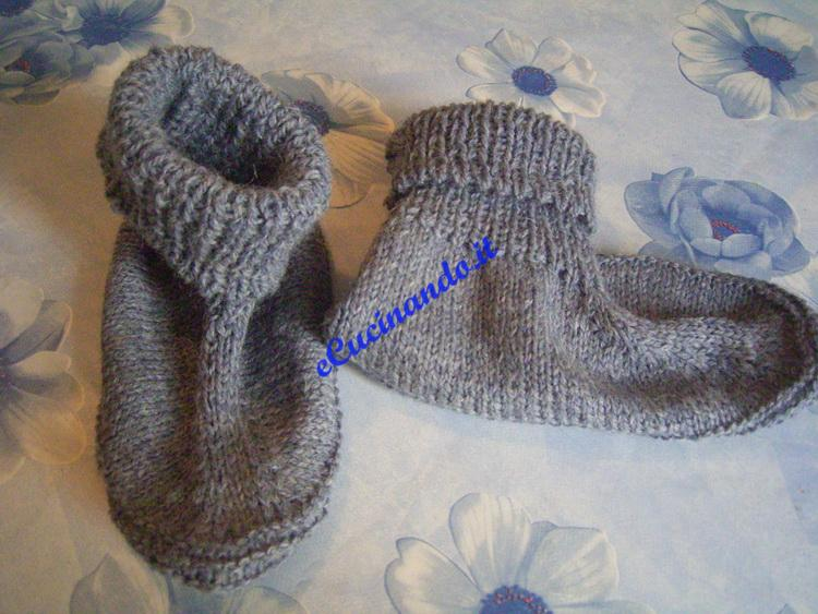 piccoli e lana più sotile purtroppo io ho il 34 di misura di piede ...