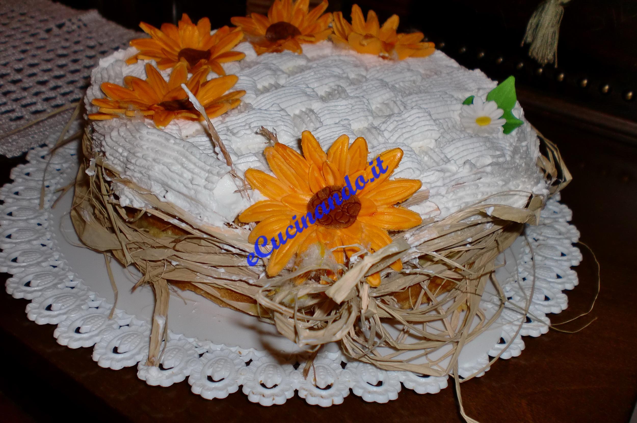 Torta Matrimonio Girasoli : Torte nuziali con fiori bianchi migliore collezione