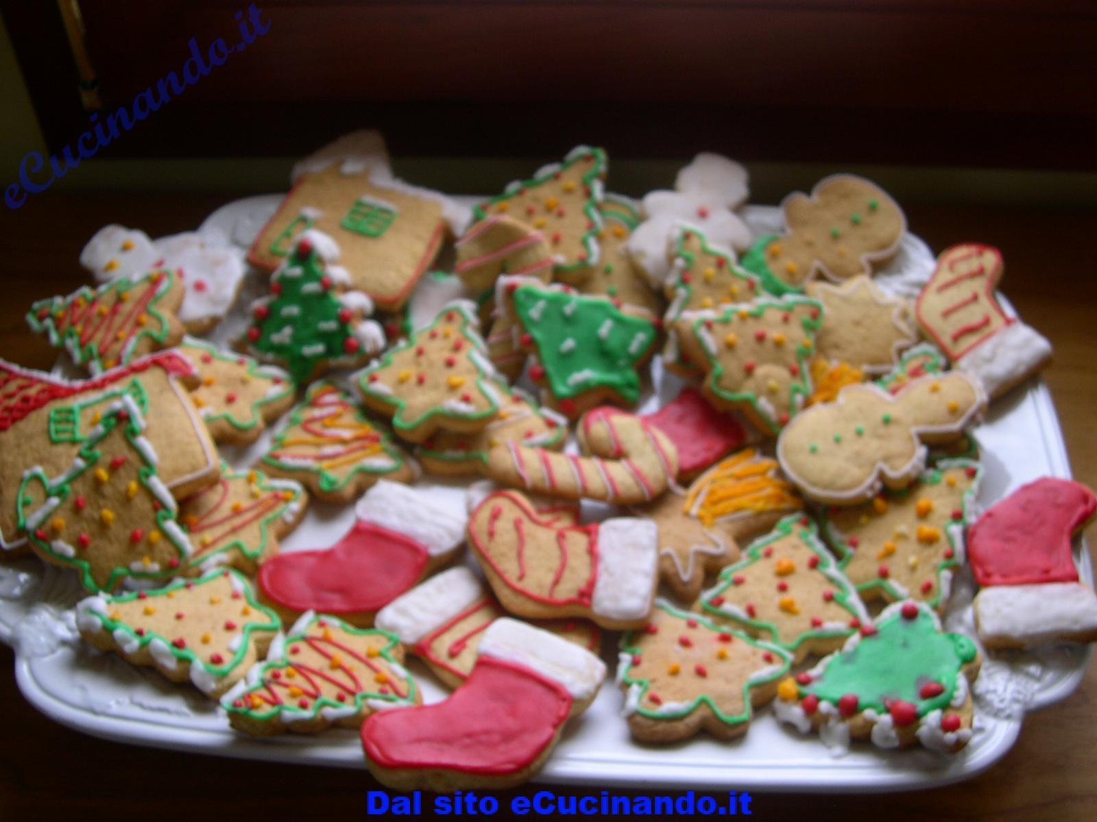 Biscotti-natalizi-decorati